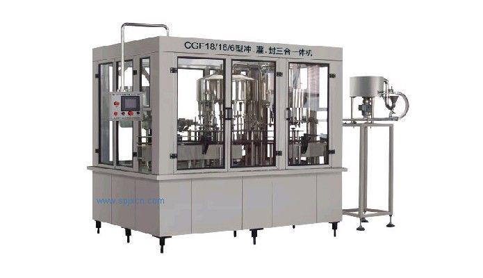 CGF系列沖瓶、灌裝、封蓋三合一體機組