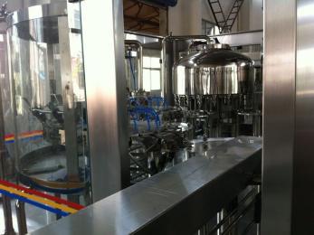 CGF饮料灌装机
