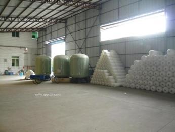 昆明水處理設備潤新過濾控制閥PE鹽箱