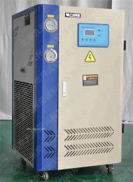 供应循环水冷却恒温器