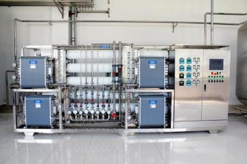 超純水設備(GMP醫藥純化水過檢)