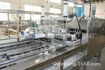 棒棒糖浇注生产线 自动插棒糖设备