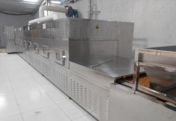 sd-20kw连续生产的五谷杂?#29976;?#21270;设备杂粮烘焙机
