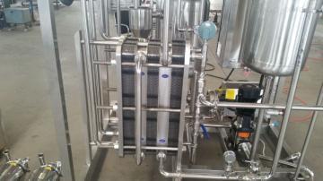 100型200型巴氏奶加工设备  乳酸奶生产机  -沃达斯科