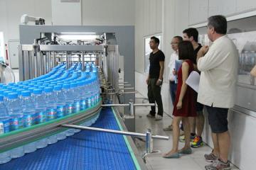 大型瓶装水制水设备