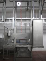 FHL-双柱气动升降台青岛富禾隆 双柱气动升降台|屠宰站台设备