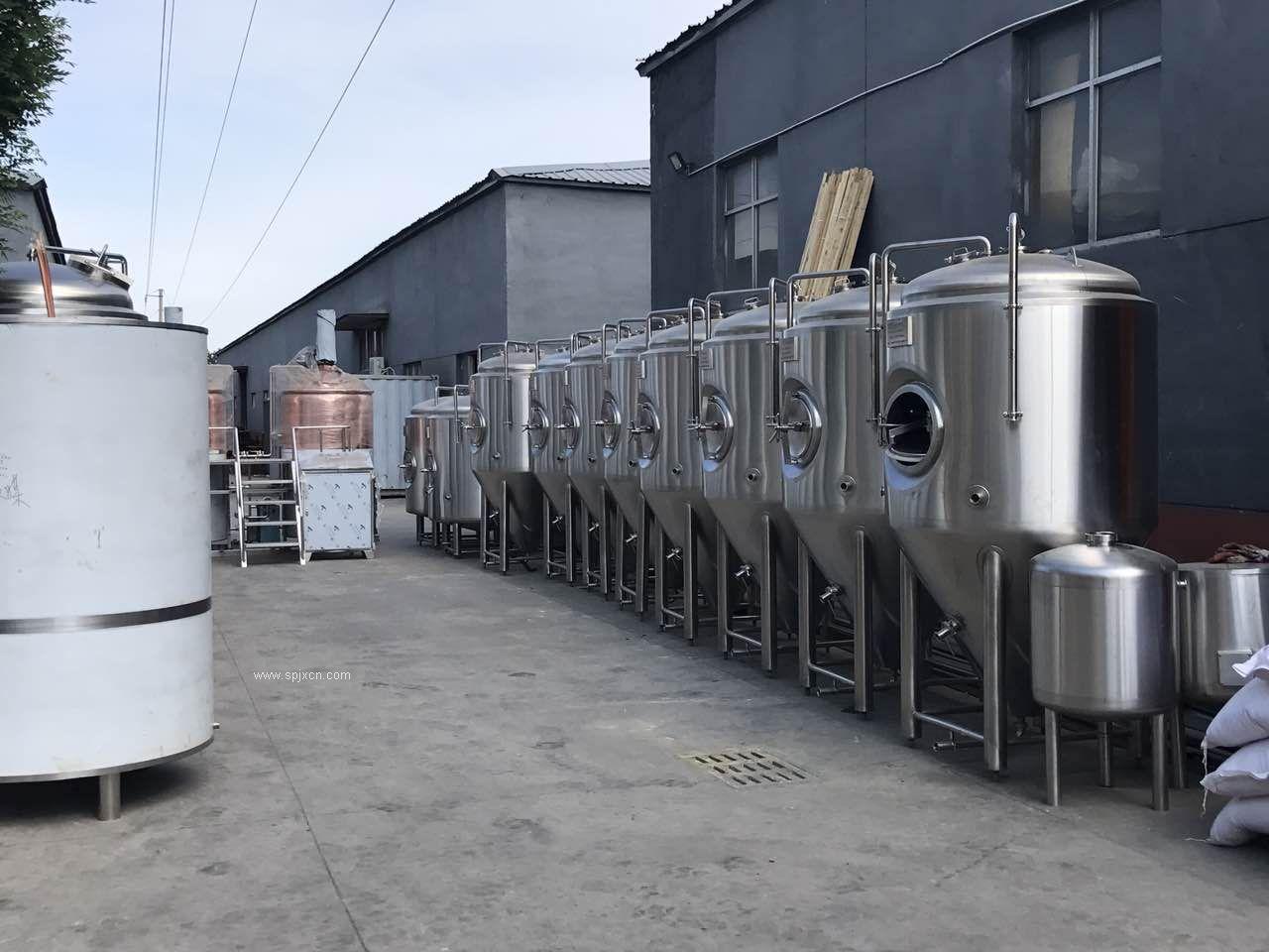 精酿啤酒设备,小型啤酒设备