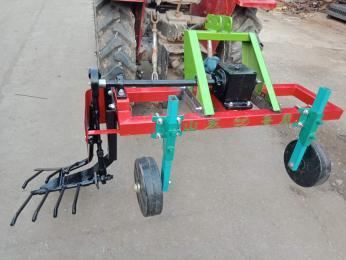 LBDC-1起蔥機 挖蔥機 拖拉機牽引式大蔥收獲機