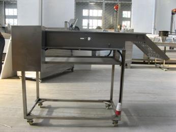输送设备生产供应食品厂专用输送机、转弯机、风冷输送机