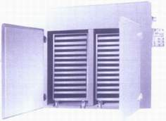 烘干设备:CT、CT-C系列热风循环烘箱