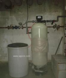 天津鑫东软化水设备