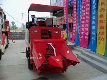 新供應:山東小型玉米收割機|自走式玉米收割機,農機局推廣