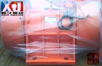 销售YZU-50-4振动电机/2.2kw