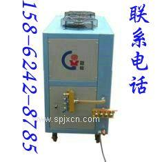 长期供应昆山冠信风冷式冷水机