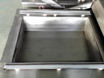小康牌DZ-600/2S下凹式泡椒酸豆角真空包装机