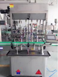 液体直线灌装机 产品图片