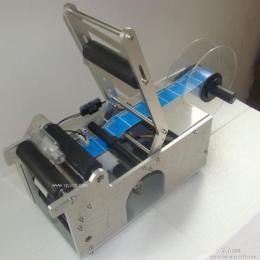济南-半自动圆瓶贴标机