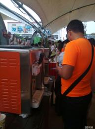 三头商用冰淇淋机上海冰淇淋机租赁