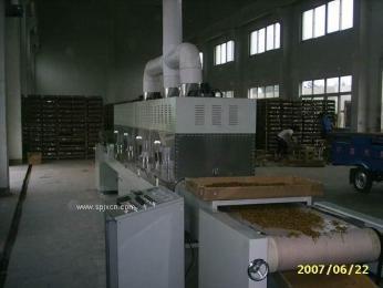 供应面包糠-微波杀菌干燥设备
