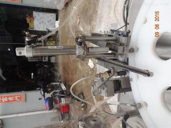 BZ塑料瓶液体灌装机