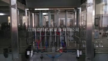 蓝莓果汁液体灌装机
