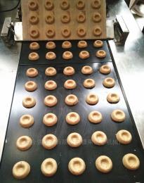 上海合强供应桃酥成型机器 半自动酥性饼干生产线 小型桃酥设备供应商