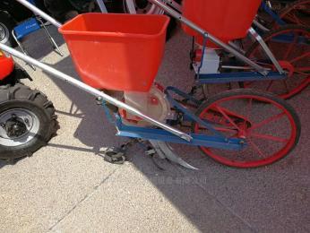 YD-BZJ手推式玉米地專用施肥機