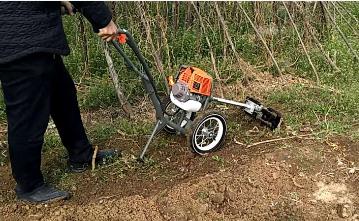 yd新型二沖程鋤草機