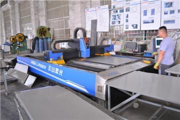 JR-200-2-G厂家供应白城1米8无烟木炭烧烤炉设备