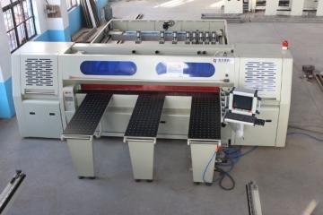 HJ2700PC-1往复式电子裁板锯板材切割机