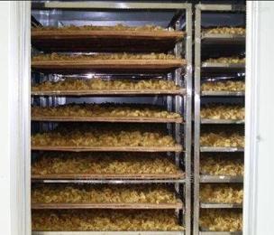 根据产量定做绿茶烘干机、大型烘干设备