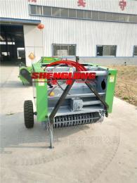 小四輪拖拉機帶撿拾玉米秸稈打捆一體機