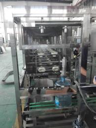 300桶/小时五加仑桶装水灌装机价格