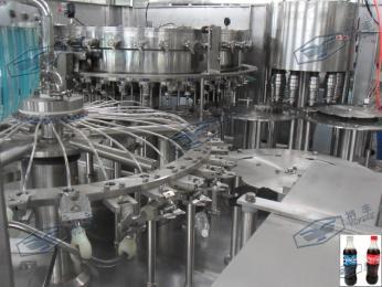 全自动汽水饮料灌装设备,高速等压灌装机