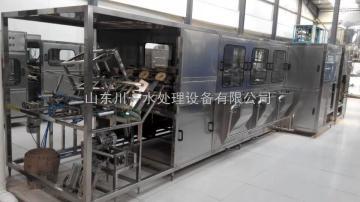 cy灌装设备、北京产大桶水灌装设备、川一水处理设备(优质商家