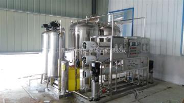 cy全自动灌装生产线价格_灌装生产线_川一水处理设备(查看)