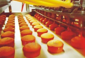 蛋黃派生產線