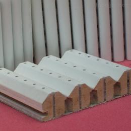 15MM銅鼓縣報告廳各種型號槽木板隔音板吸音板