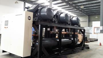 工业制冷机并联机组,大型食品冷冻设备