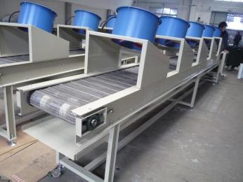 食品輸送機專業技術設計生產食品輸送機 轉彎機等根據需要定做